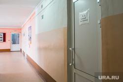 Фото с места событий - стрельбы в школе № 15. Шадринск, школьный коридор