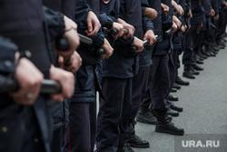 Несанкционированная акция против изменения пенсионного законодательства в Перми, перекрытие, полиция, правоохранительные органы, оцепление, дубинки