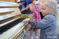 Раскрашенные пианино на Вайнера. Екатеринбург, фортепиано, пианино, музыка, клавиши, ребенок