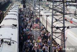 Виды Перми, вокзал, поезда, станция, прибытие поезда