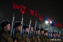 Репетиция парада войск ЦВО на площади 1905 года. Екатеринбург, построение, военные, солдаты, военнослужащие, репетиция парада