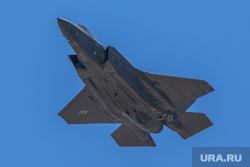 Геи, ЛГБТ, больница, капельница, операционная, маг, волшебник, американский военный самолет, военный самолет сша, истребитель, самолет f-35 lightning