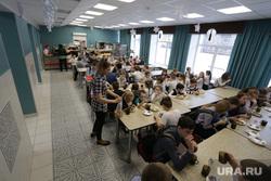 Столовая в школе №112. Пермь, школьная столовая