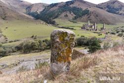 Ингушетия. Горы., древняя могила