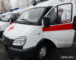 Пресс-тур на территорию медгородка, открытие новой поликлиники, вручение автомобилей скорой медицинской помощи. Челябинск