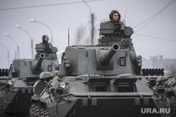 Репетиция парада Победы. Екатеринбург, военная техника, танки в городе, танкисты