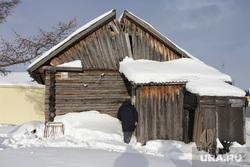 Поселок Пельвож, отдаленный район Салехарда. ЯНАО, деревянный дом, барак