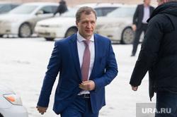 Закрытое совещание ЕР по выборам в Госдуму: сбор участников. Екатеринбург, володин игорь
