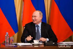 Визит Владимира Путина в Ханты-Мансийск, улыбка, портрет, путин владимир