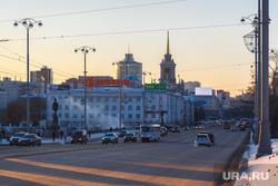 Снежный Екатеринбург, колледж ползунова, проспект ленина