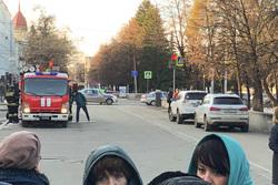Эвакуация правительства Челябинской области, пожарная машина