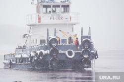Стрежевская переправа. Излучинск., паром, переправа, корабль, апарелька, баржа