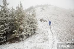 Туристический поход по хребту Нурали, Южный Урал, снег, зима, тропа, природа урала, нурали, турист одиночка, трикинг, туризм, горы