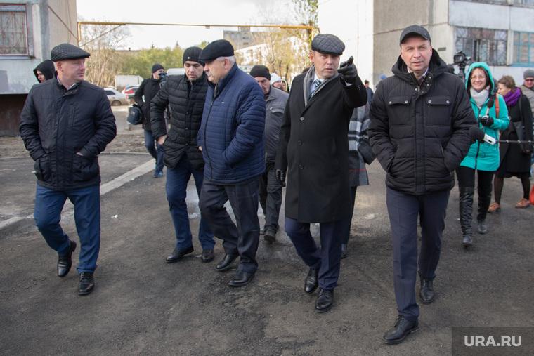 Открытие автодороги по ул. Бурова-Петрова. г. Курган , шумков вадим, указывает