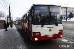 Автобусы. Челябинск., остановка, автобус