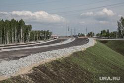 Визит Николая Цуканова , полномочного представителя президента на ЖД вокзал , строительство кольцевой автодороги и НПЗ. Тюмень , развязка