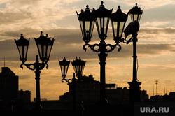 Виды Екатеринбурга, фонари, закат
