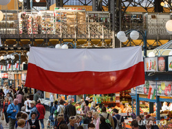 Виды Будапешта. Венгрия, продукты питания, еда, центральный рынок будапешта, флаг польши