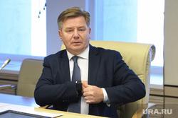 Русинов в облкомиссии. Необр, русинов владимир