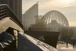 Виды Екатеринбурга, набережная, бц саммит, город екатеринбург, екатеринбургский цирк