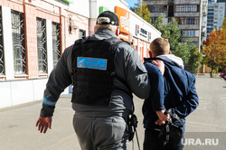 Группа реагирования охранного предприятия Дельта. Челябинск, арест, вор, наручники, задержание преступника, нарушитель