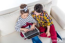 Стриптиз, кулак, пол-дэнс, церемония оскар, дети, кино, обучение, ноутбук, обучение, учеба, дети, компьютер, онлайн