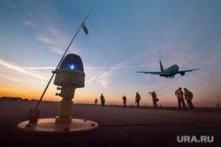 Очередной споттинг в Кольцово. Екатеринбург, самолет, S7, аэропорт, закат