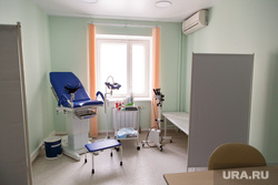 СМТ клиника «Кидс». Екатеринбург, медицина, врачебный кабинет, медицинская техника, аппарат, кабинет гинеколога, кабинет уролога