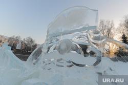 Ледовый городок в городе Сатка, Челябинская область, ледовый городок, дед мороз
