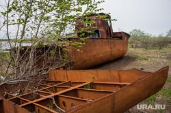 Доставка почты в труднодоступные районы Свердловской области, ржавая техника, поселок, село, заброшенный корабль