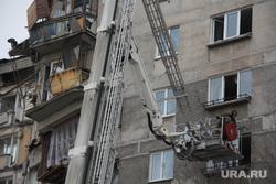 Жители дома № 164 на проспекте Карла Маркса. Магнитогорск, люлька