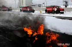 Учения МЧС Курган, пожарная машина, огонь