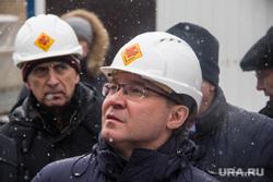 Министр строительства и жилищно-коммунального хозяйства РФ Владимир Якушев в Магнитогорске. Магнитогорск, каска, якушев владимир