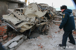 Взрыв газового баллона в гаражах около города Троицка Челябинской области. Архивное фото, январь 2008, мчс, руины, последствия взрыва газа