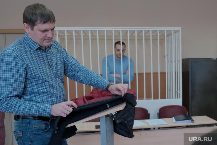 Очередное заседание по уголовному делу Владимира Рыжука. Курган, куртка, рыжук владимир, бузунов сергей
