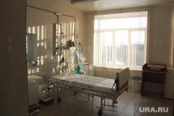 Посещение Бориса Дубровского детской горбольницы № 3. Магнитогорск, больничная палата