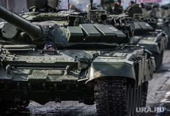 Первая официальная репетиция парада на улице Новосибирская 2-ая. Екатеринбург, военная техника, танки, т-72