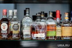 Пресс-тур в Уфу по объектам, построенным к ШОС и БРИКС в 2015 году. Уфа, бутылки, алкоголь, спиртное, выпивка