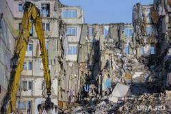 Демонтаж 7-го подъезда дома № 164 на проспекте Карла Маркса. Часть 4. Магнитогорск, руины, последствия взрыва, демонтаж подъезда