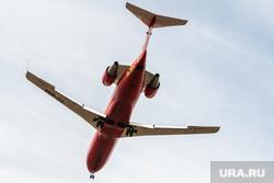 Взлет и посадка самолетов в аэропорту