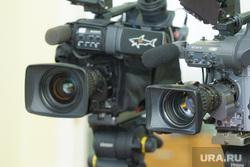 Пресс-конференция. Сергей Полукеев. Ханты-Мансийск, телекамеры, съемка
