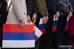 Мероприятия посвященные дню празднования Победы в ВОВ. Сургут , триколор, флаг россии, строй, стоять в стенке