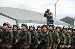 Торжественное открытие совместного военного антитеррористического командно-штабного учения вооруженных сил государств – членов ШОС «Мирная миссия – 2018». Челябинская область, Чебаркульский район, военные, мирная миссия2018, парад