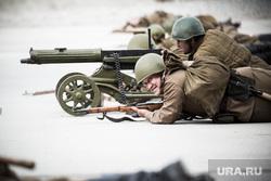Реконструкторы. Екатеринбург, атака, советские солдаты, пулемет максим
