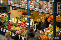 Виды Будапешта. Венгрия, продукты, овощи фрукты, еда, центральный рынок будапешта