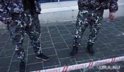 Эвакуация ТЦ Алмаз. Пермь, охрана, камуфляж, лента ограждения