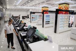 Новый магазин парфюмерии и косметики сети «Л'Этуаль» в ТРЦ «Гринвич». Екатеринбург, кассы, лэтуаль, парфюмерия, летуаль, сметика, магазин, бутик