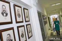 Градостроительная комиссия ЕГД. Екатеринбург, администрация екатеринбурга, портрет, выставка, коридор администрации