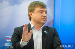 Дебаты на 4 канале. Екатеринбург, иванов максим, портрет