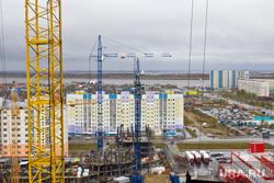 Стройка. Нижневартовск , новостройки, строительство, город нижневартовск, подъемные краны